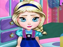 Bebelusa Elsa Decoreaza Camera