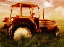 De Parcat Tractorul la Ferma