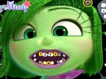 Disgust la Dentist