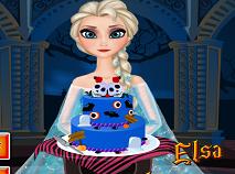 Elsa Decoreaza Tortul de Halloween