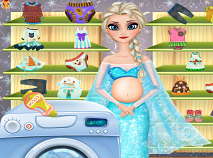 Pregnant Elsa Washing Clothes