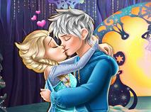 Elsa Kissing Jack Frost