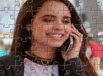 Puzzle cu Lola