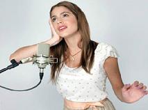 Violetta Sings